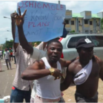 Protesters storm APC headquarters, call for Oshiomhole's resignation
