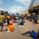 Protesting youths block Enugu-Onitsha expressway