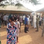 Supplementary Polls:See How Voters Chase Politicians From Polling Unit In Bauchi State (VIDEO)