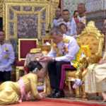 Newly crowned Thai king performs coronation rituals
