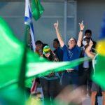 Bolsonaro rallies the right as Brazil coronavirus cases surpass 100,000