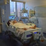 Number of Covid-19 patients in intensive care as high as in June