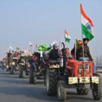 Delhi clashes as farmers tractor protest overshadows military parade