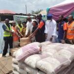 FG donates relief materials to Odo-Ogbe market fire victims in Osun