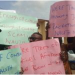 Patients, relatives, others protest alleged poor services, deaths at Azikiwe varsity teaching hospital