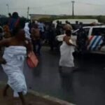 Yeye Osun River Goddess Runs As Police Use Water Cannons On Protesters