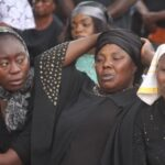 Tears, agony as parents of 121 kidnapped Baptist students pray (photos)